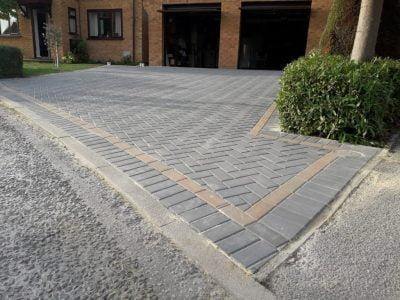 Block Paving Driveways in Barling