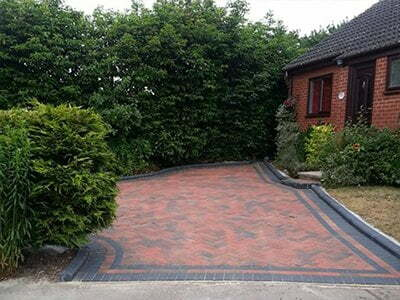 Driveway and Patio Installations Billericay, 51.627998, 0.418400