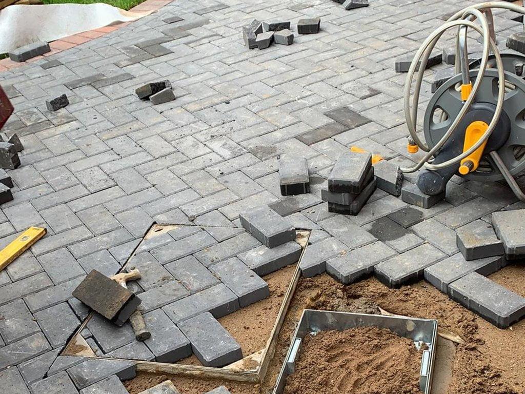 Laying Block Paving