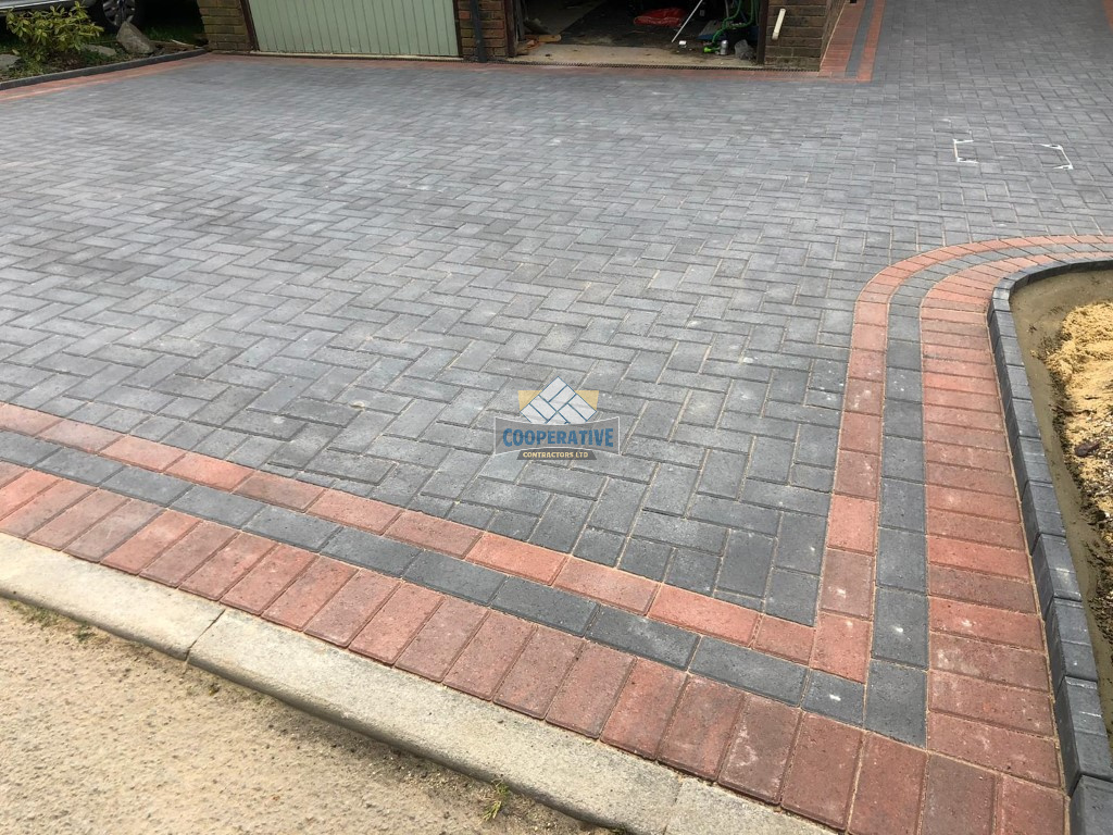 Charcoal and Brindle Block Paved Driveway in Basildon, Essex